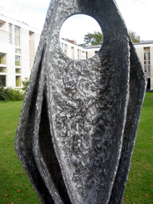 Ascending_Form_Barbara_Hepworth_7_72.jpg