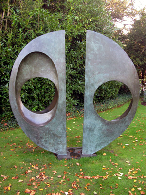 Barbara_Hepworth_Two_Forms_Divided_Circles_11_72.jpg