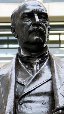 Mario_Raggi_Statue_of_Sir_Thomas_Jackson_0_72.jpg